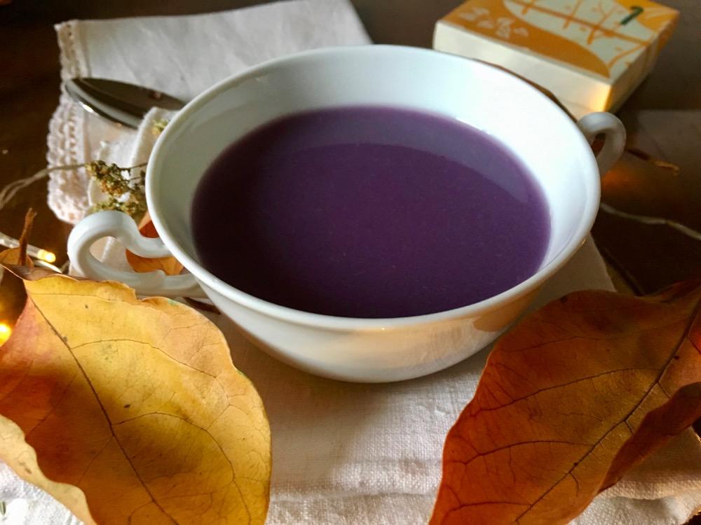 Ultra Violet, il colore del 2018 in una vellutata