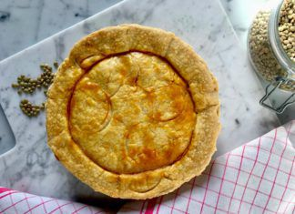 Lentils Savory Pie with Cheese and Cooked Ham