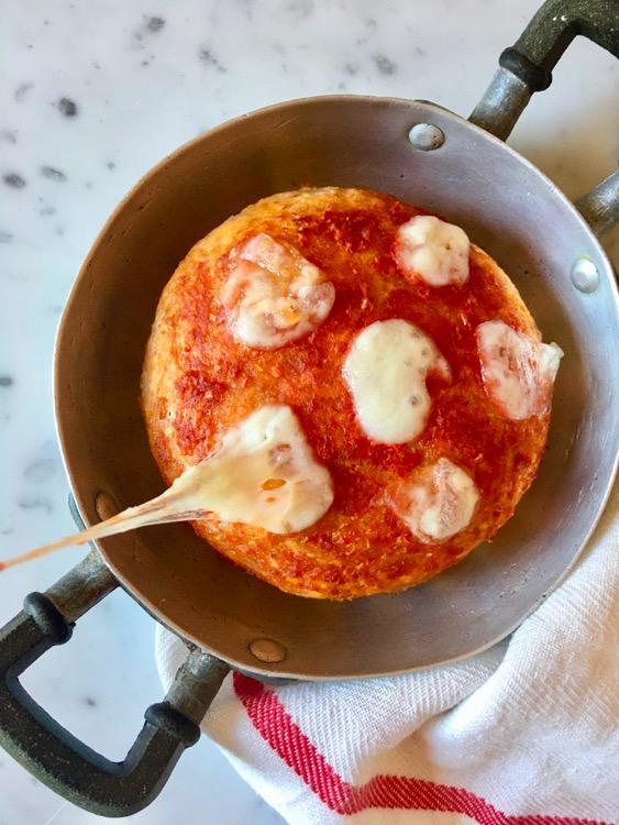 Epiche merende e la ricetta della pizza al tegamino